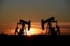Oil slips on global demand fears despite U.S.-China trade talk h