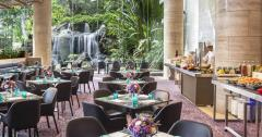 The Dining Room (Sheraton Towers Singapore): 1-for-1 lunch buffe